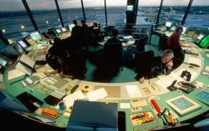 La medida pretende homogeneizar las comunicaciones entre ATC y aeronave.