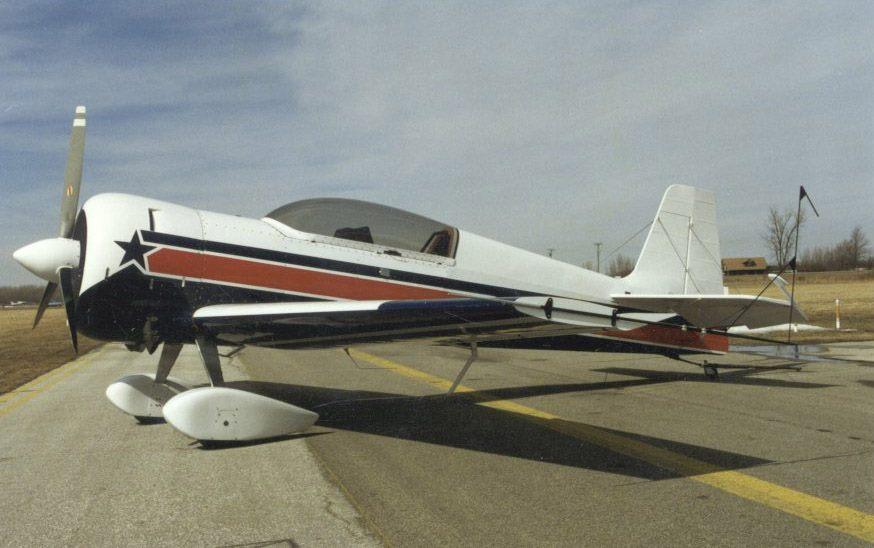 Staudacher S-900 versión de motor Wright de 450hp y agrandado en todas sus dimensiones