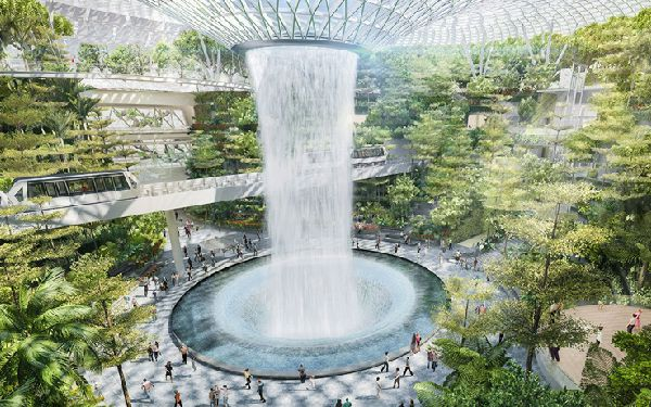 Aeropuertos como el Sigapur-Changi invierten cada año fuertes sumas en tecnología.