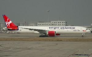 El avión tuvo que regresar a tierra tras el incidente.