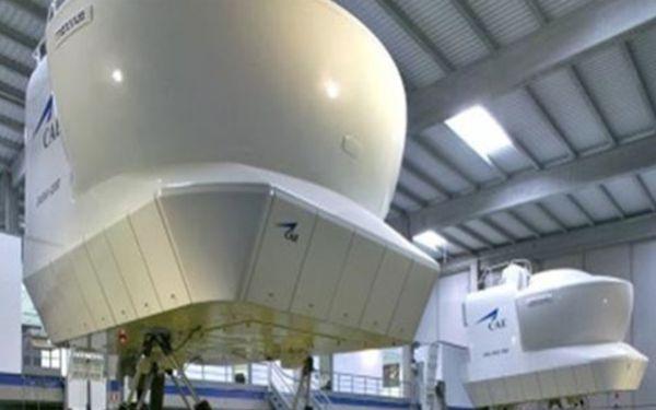 CAE fabrica simuladores de vuelo y ofrece instrucción a nivel mundial.