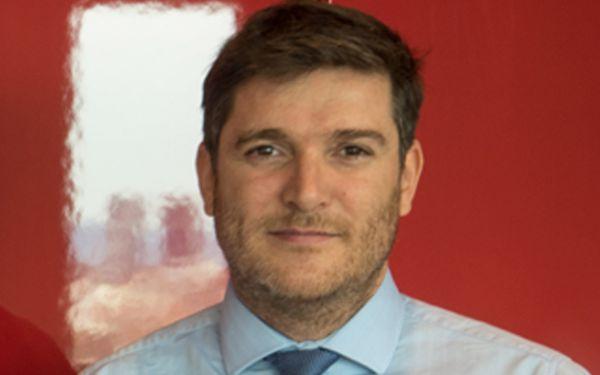 Barrionuevo es licenciado en Administración de Empresas y Derecho.