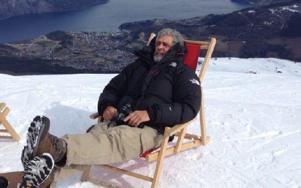 Michel Gordillo emula a Fernando Alonso, mientras descansa en Noruega tras cruzar el polo Norte.