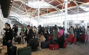 Los aeropuertos siguen experimentando incrementos significativos de usuarios.
