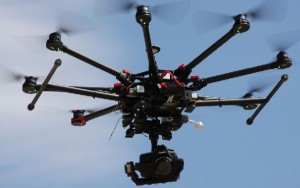 El pilotaje de drones con fines comerciales plantea una interesante salida profesional.