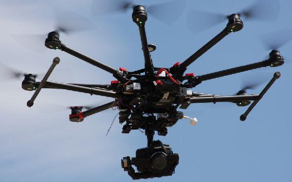 El Congreso quiere dar una ley definitiva para regular los UAV en España.