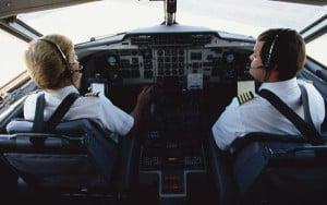 El déficit de pilotos se acrecienta con los años.