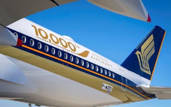 El avión formaq parte del pedido de 67 aeronaves encargadas por Singapore Airlines.