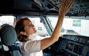 EasyJet cuenta sólo con 86 mujeres pilotos.