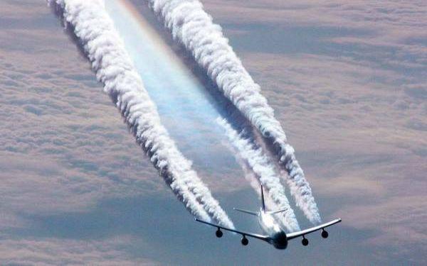 La U.E. y la OACI preocupadas por las emisiones contaminantes.