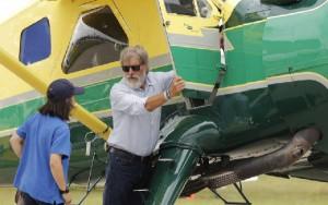 El veterano actor y piloto se libra de la sanción.
