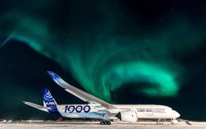 Las auroras han acompañado las frias noches al raso del A350XWB.