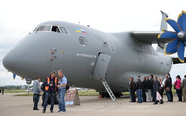El Antonov 77 es una versión mejorada del An70.