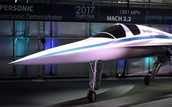 El demosttrador del futuro avión supersónico civil ha sido presentado en el Dubai Airshow.