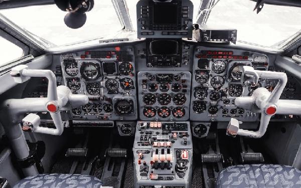 ¿Te atreverías a viajar en un avión sin pilotos?