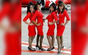 Los parlamentarios consideran que las TCP de Air Asia van demasiado provocativas.