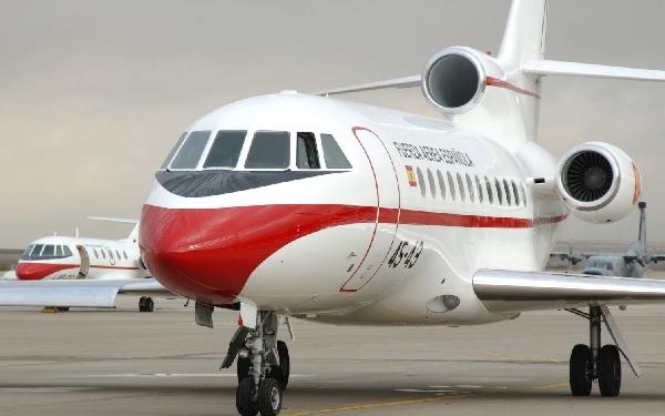 Los Falcon 900 son utilizados habitualmente para los desplazamientos de Estado de corto alcance.
