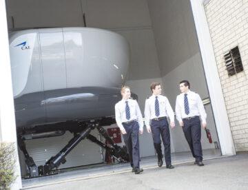 CAE simulador alumnos piloto
