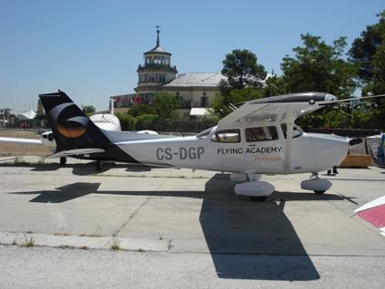 Avion(1)