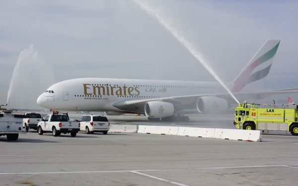 a380 emirates lax