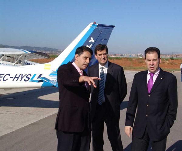 La International Aviation Academy se pretende ofrecer un servicio integral complementario a la formación.